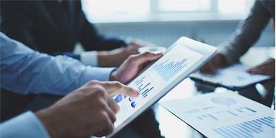 Eficiência operativa: o próximo estágio da  transformação digital nos serviços financeiros