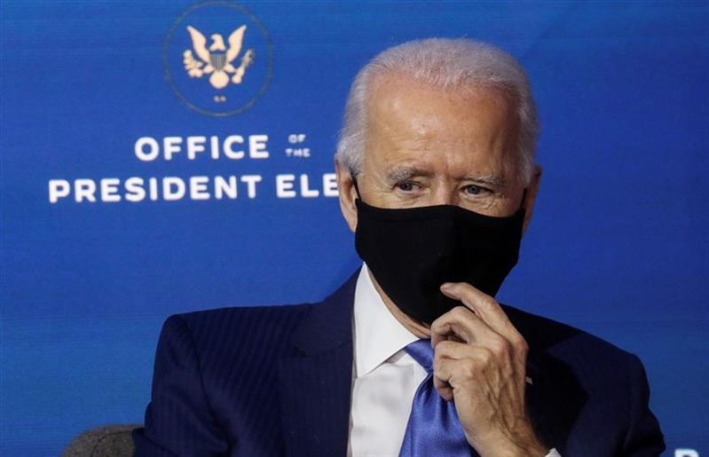 Administração Biden compra milhões de vacinas da Pfizer para dar ao mundo