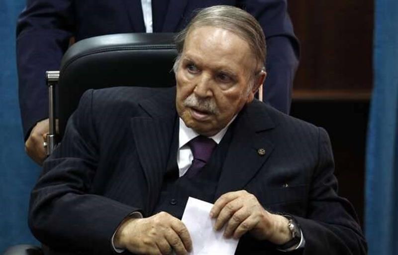 Morreu Abdelaziz Bouteflika, aos 84 anos. Presidente João Lourenço já exprimiu condolências