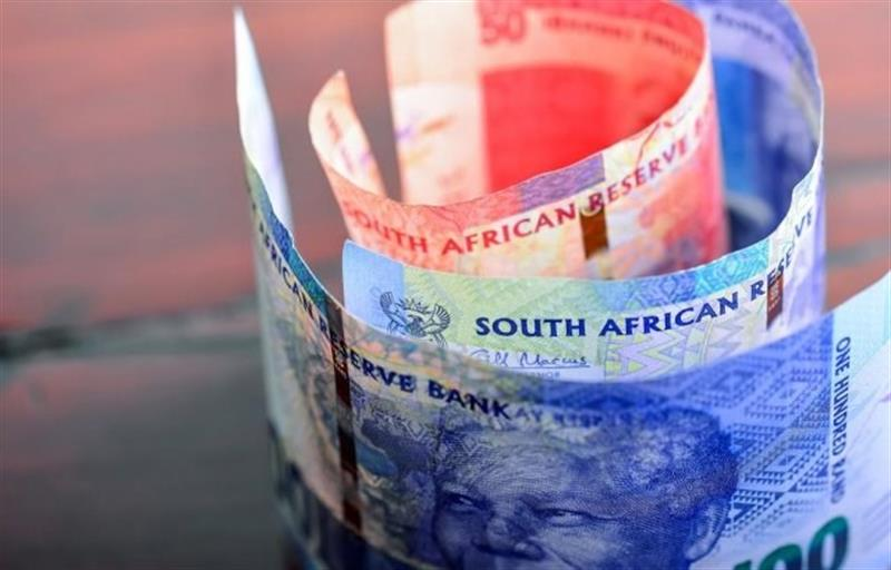 África do Sul ainda não sabe como vai criar o rendimento mínimo