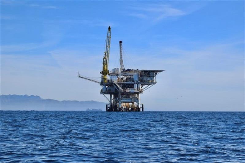 Costa do Marfim celebra a descoberta de petróleo. África e o mundo a velocidades diferentes na transição