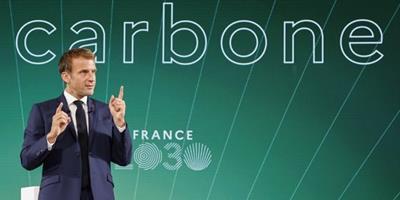 Macron anuncia investimento de 30 mil milhões EUR para revitalizar indústria francesa